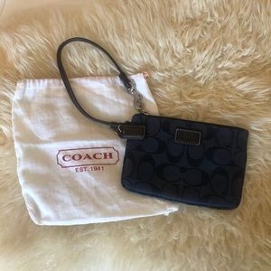 NAVY COACH WRISTLET WITH LEATHER STRAP